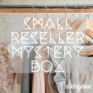 Small 5-7 Item (Reseller) Mystery Boxes!